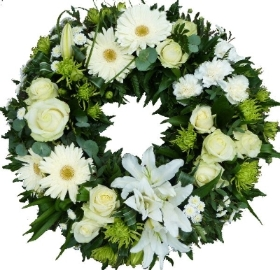 Grouped White Wreath