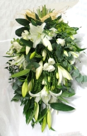 White lily & Lissianthus tied spray.